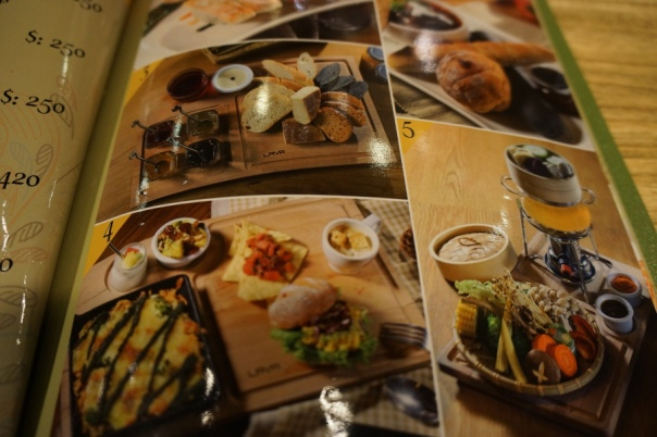 Nearly everything in the menu has a large picture accompanying it.  It really helps you make a decision on what to try.