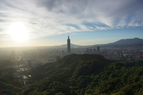 Tiger Mountain 虎山 offers some of the best views Taipei has to offer.